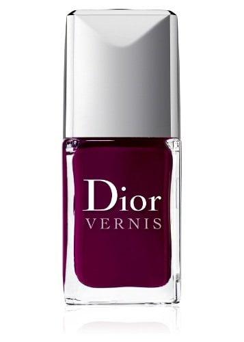 Dior apuesta por las uñas moradas esta primavera
