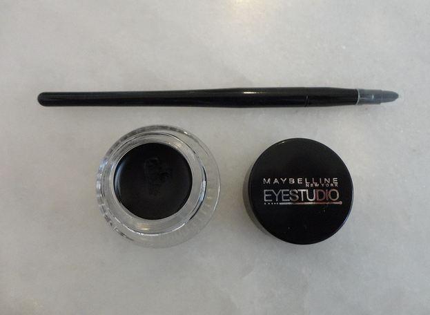 Mi experiencia con el eyeliner en gel de Maybelline