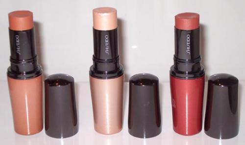 ¿Te cuesta aplicar el colorete? Elige el stick de Shiseido