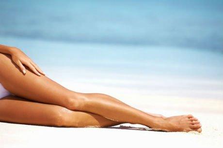 Luce unas piernas más morenas sin tomar el sol