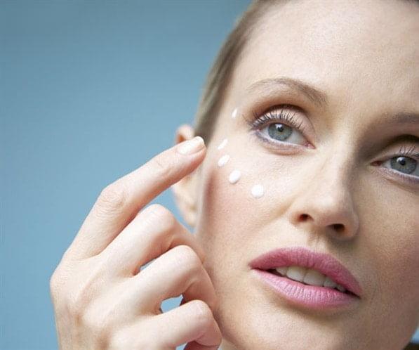 Las mejores cremas antiarrugas para pieles grasas