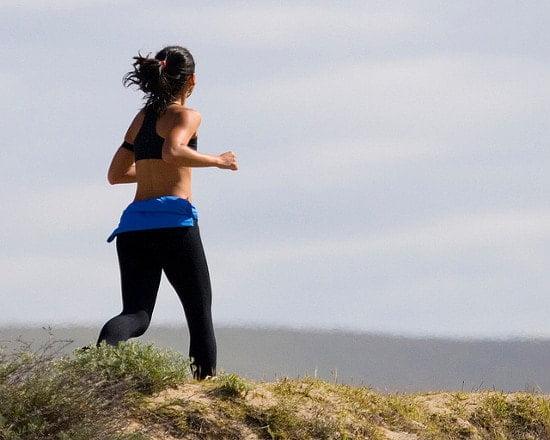 correr 1 Burpees (o salto de rana), un ejercicio para quemar grasa