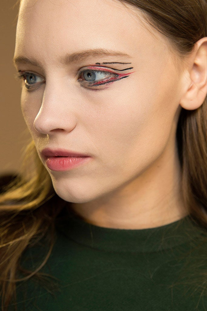 paris_fashion_week_en_10_miradas_beauty_281151168_683x1024