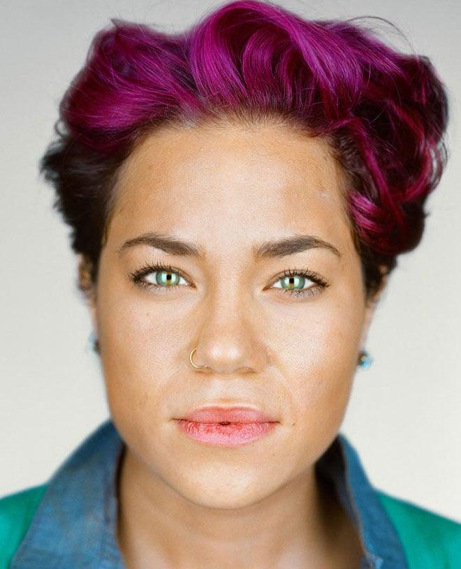Jakara Hubbard, 28 años, Monee, Illinois. Autoidentificación: mezcla. Casilla del censo marcada: blanca / negra.