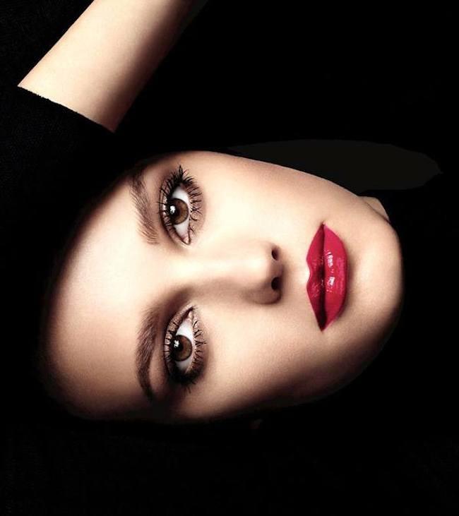 Viste tus labios este otoño con los nuevos Rouge Allure Gloss de Chanel