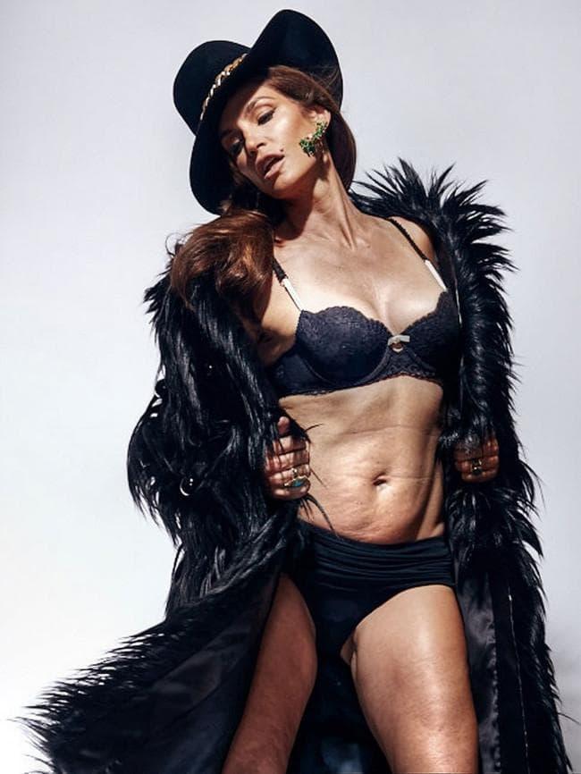 Las polémicas imágenes de Cindy Crawford sin photoshop