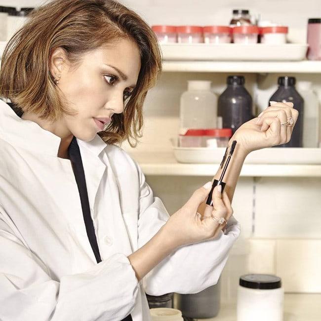 Jessica Alba se lanza al mundo de la belleza con Honest Beauty