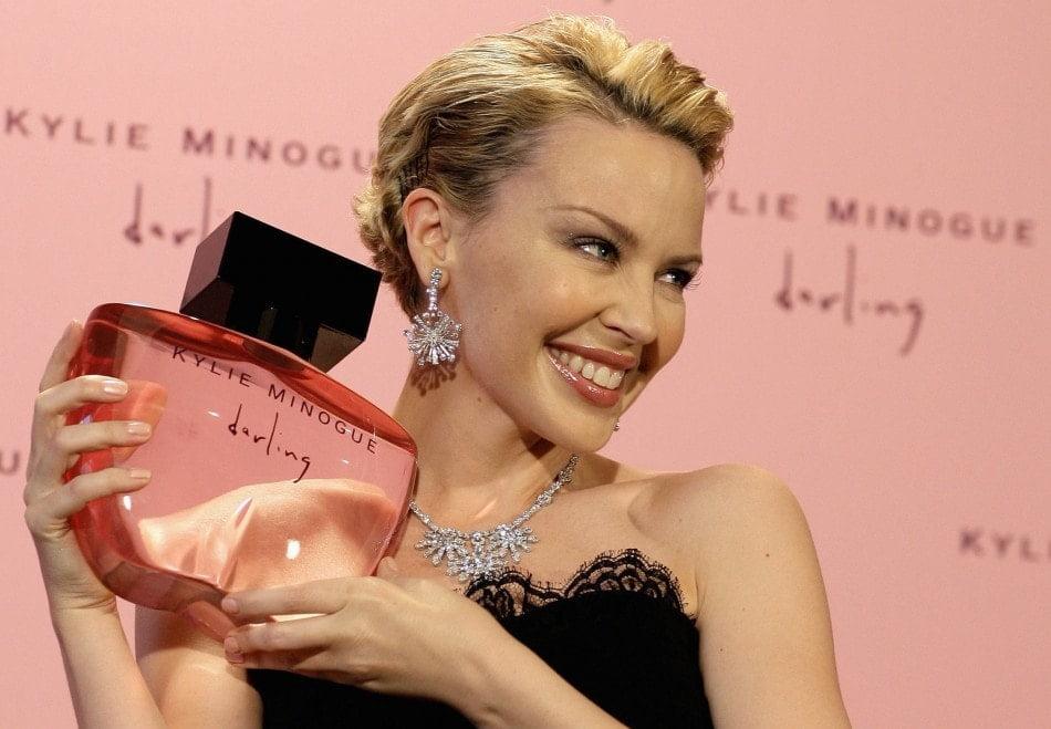 5 perfumes de mujer que usan las celebs